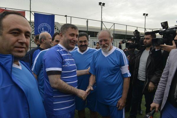 Futbol Aşkı Engel Tanımaz