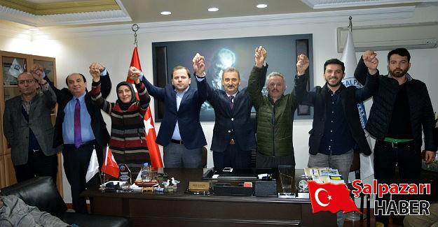 AK Parti ilçe teşkilatından Başkan Kurukız'a destek ziyareti