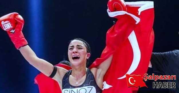 Sabriye Şengül Sırbistanlı rakibini nakavt etti!