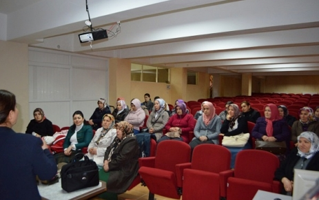 8 Mart Dünya Kadınlar Günü Konferansı Yapıldı