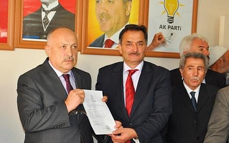 Ahmet Yüksel Gülay Aday Adaylı Müracatını Yaptı.