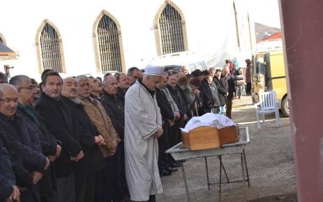 Ali Bayraktar toprağa verildi.