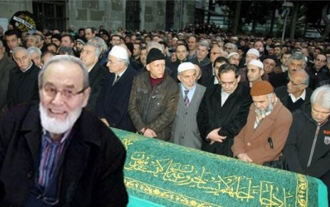Ali Rıza Öztürk Hoca Toprağa Verildi.