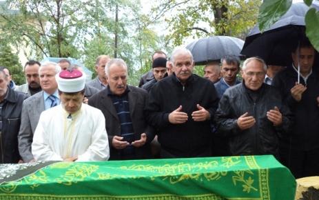 Ali Usta ve  Mustafa Usta'nın kayınvalidesi Bahar Karaibrahim Toprağa verildi.