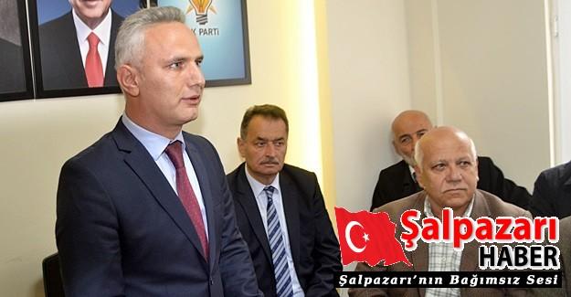 Aday adayı olan Mehmet Muhcu evraklarını teslim etti