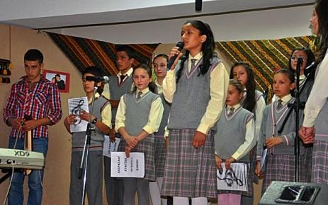 Atatürk İlköğretim okulu 2012-2013 Eğitim Öğretim yılı yıl sonu etkinliği düzenledi.