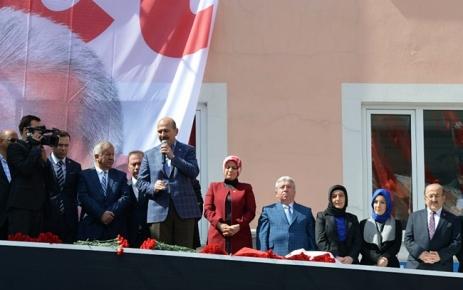 Bakan Soylu Şalpazarı'nda vatandaşlara seslendi.