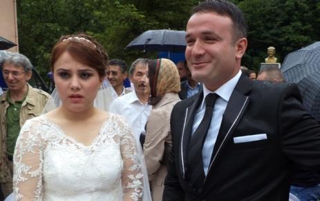 Başkan Cengiz oğlunu evlendirdi.