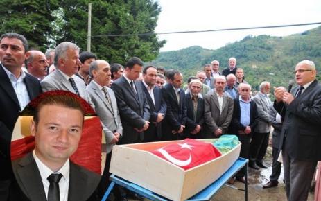 Beşikdüzü Yeni Camii Köyü Doktor Demir'e ağladı