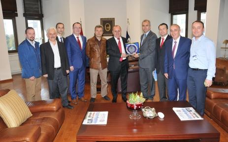 Eğitim Derneği Kadıköy Belediye Başkanı'nı Ziyaret Etti