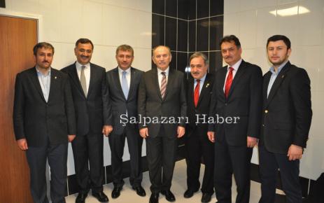 Fehmi Cengiz Seçim Çalışmalarına İstanbul'da Devam etti.