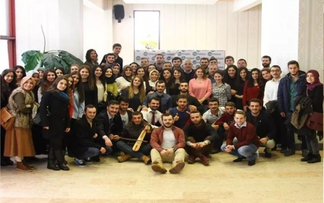 Geçmişten Günümüze Ekonomik Faaliyetlerin Sosyokültürel Etkileriyle Trabzon