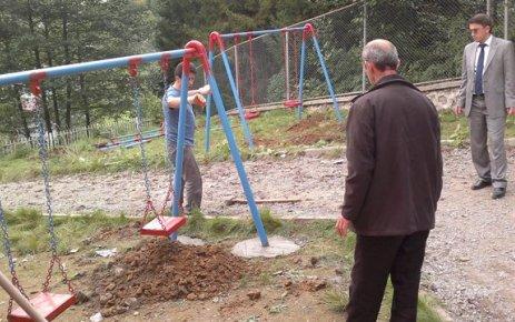 Gökçeköy İlköğretim Okulu'nda Çevre Düzenlemesi