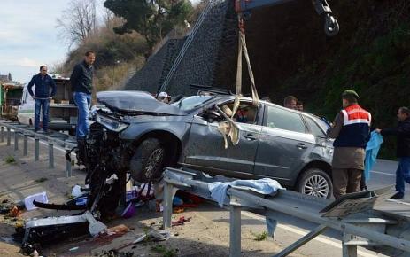Görele'de otomobil devrildi: 1 ölü, 4 yaralı
