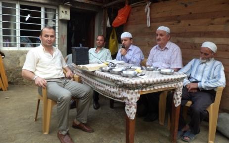 Hacı Ahmet Çıtlak İftar yemeği verdi.