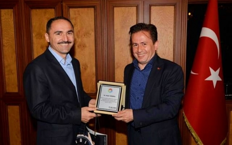 Hasan Demirci Tuzla Belediyesi'ne Veda etti.