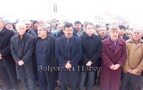 Hasan Türkmen Toprağa verildi.