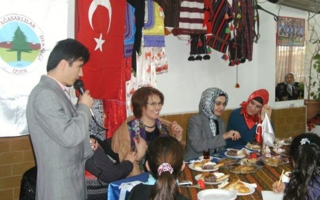 İzmir Ağasarlılar Derneği'nden Kadınlar Günü Kutlaması.