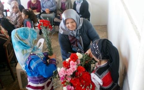 İzmir'deki Ağasarlılardan Kutlu Doğum Haftası etkinliği.