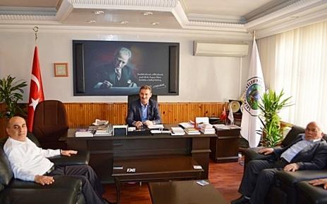 Kaymakam Aktaş Belediye Başkanı Kurukız'ı ziyaret etti.