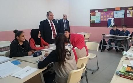 Kaymakam Sönmez'den Öğrencilere Ziyareti