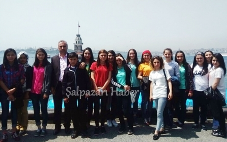Öğrenciler İstanbul'a indi.