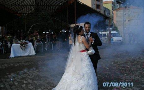 Ömrün uzun, düğünün güzün...