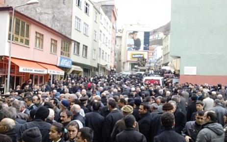 Osman Demirci Toprağa verildi.