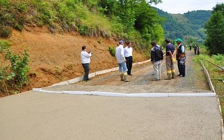 Pelitçik-Güdün-Tepeağzı Grup Yolu Beton Yol Yapımı Başladı.