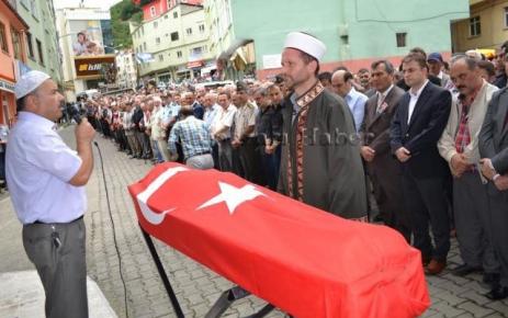Polis Memuru Akif Çakır Ebediyete Uğurlandı