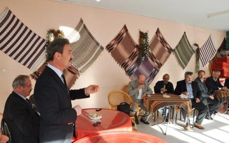 Refik Kurukız Şalpazarı Köy ve Mahalle Muhtarları ile istişahare toplantısı yaptı.