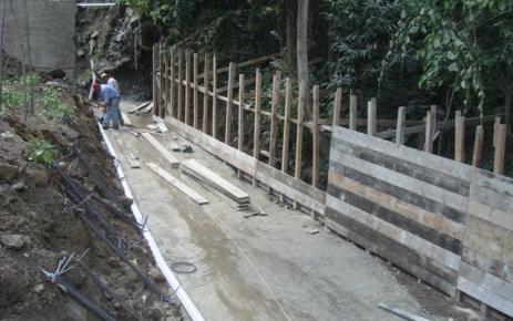 Şalpazarı Belediyesi altyapı çalışmaları devam ediyor.
