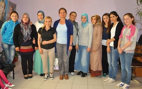 Şalpazarı Halk Eğitim Merkezi Kuaförlük alanında Föncülük kursu açtı.