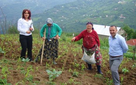 Şalpazarı İlçe Tarım Müdürlüğü köylerde bilgilendirme toplantıları yapıyor.