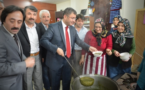 Sayvançatak Derneği Sırgan Festivali'ni yaptı.