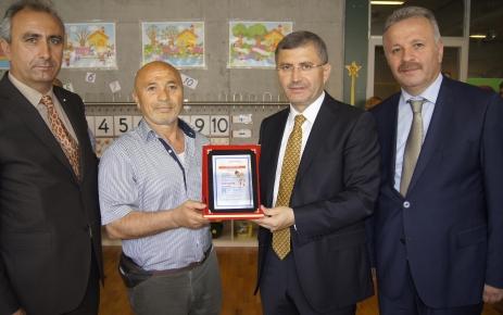 """Sultantepe Ortaokulu'nda """"Tek Seçenek Spor"""" projesi sona erdi"""