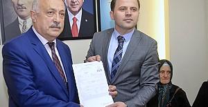 Ahmet Yüksel Gülay evraklarını...