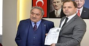 bFehmi Cengiz yeniden aday oldu/b