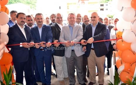 Tokullar Mobilya zincirinin 9'ncu şubesi Tirebolu'da açıl