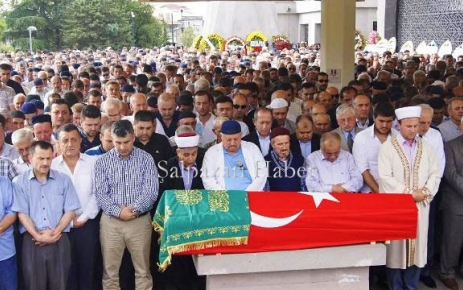 Trabzon eski valisi Dr. Recep Kızılcık Toprağa Verildi.
