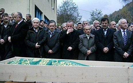 Üzümözü köyünde Yılmaz Özen vefat etti.