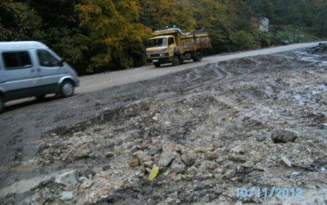 Yollar Tehlike Saçıyor